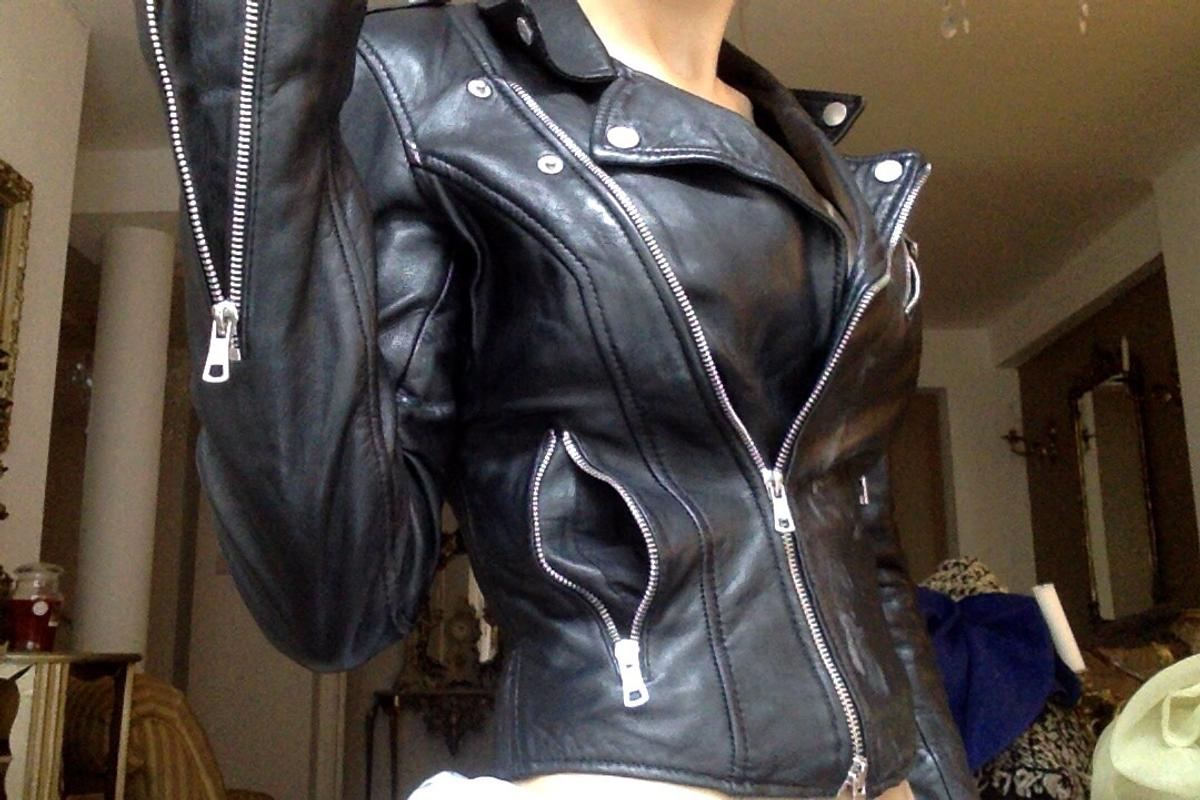 7adc7d2cf XS Zara real leather biker jacket coat in E1 London for £19.00 for ...