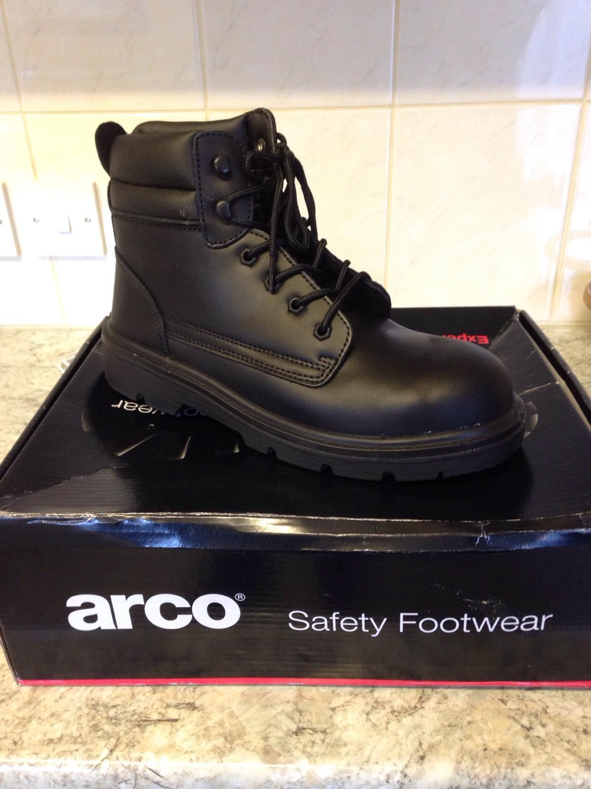 3a2b4fd4062 Black Safety work boots