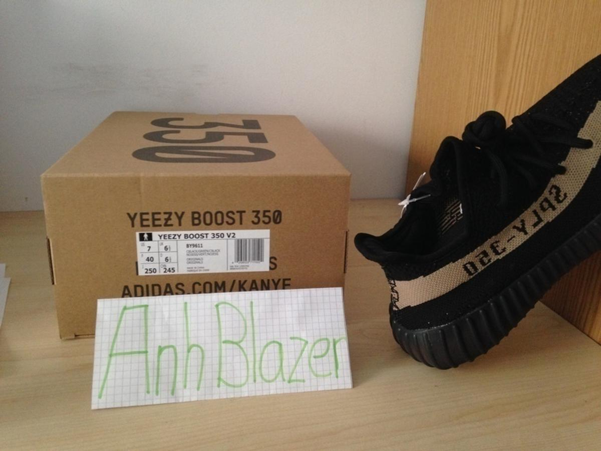 79e84bcac62fa Adidas Yeezy Boost 350 V2 Black Green in 80469 München for €320.00 ...