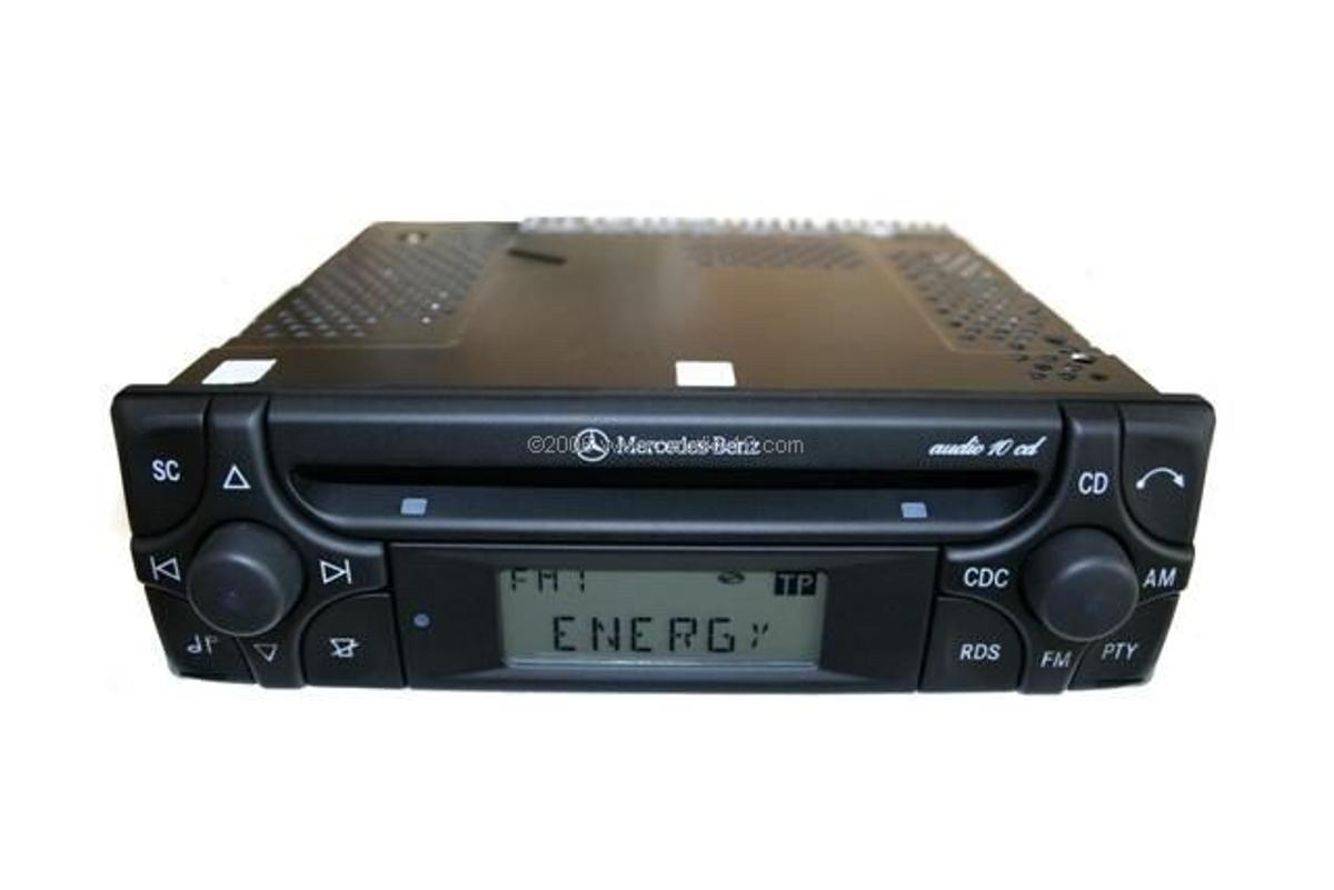 Spiksplinternieuw MERCEDES BENZ AUTORADIO BECKER in 8430 Kaindorf for €30.00 for DN-27