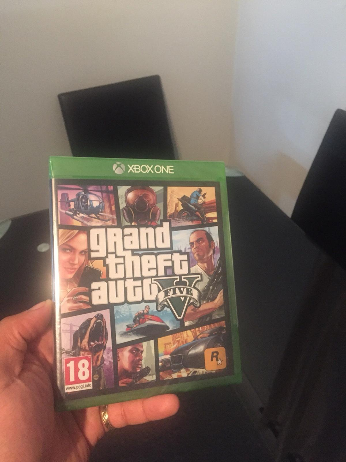 GTA V AND FIFA 15 for Xbox one