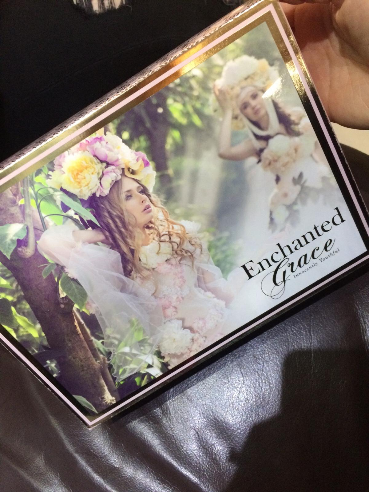 Enchanted Grace gift set in B32 Quinton