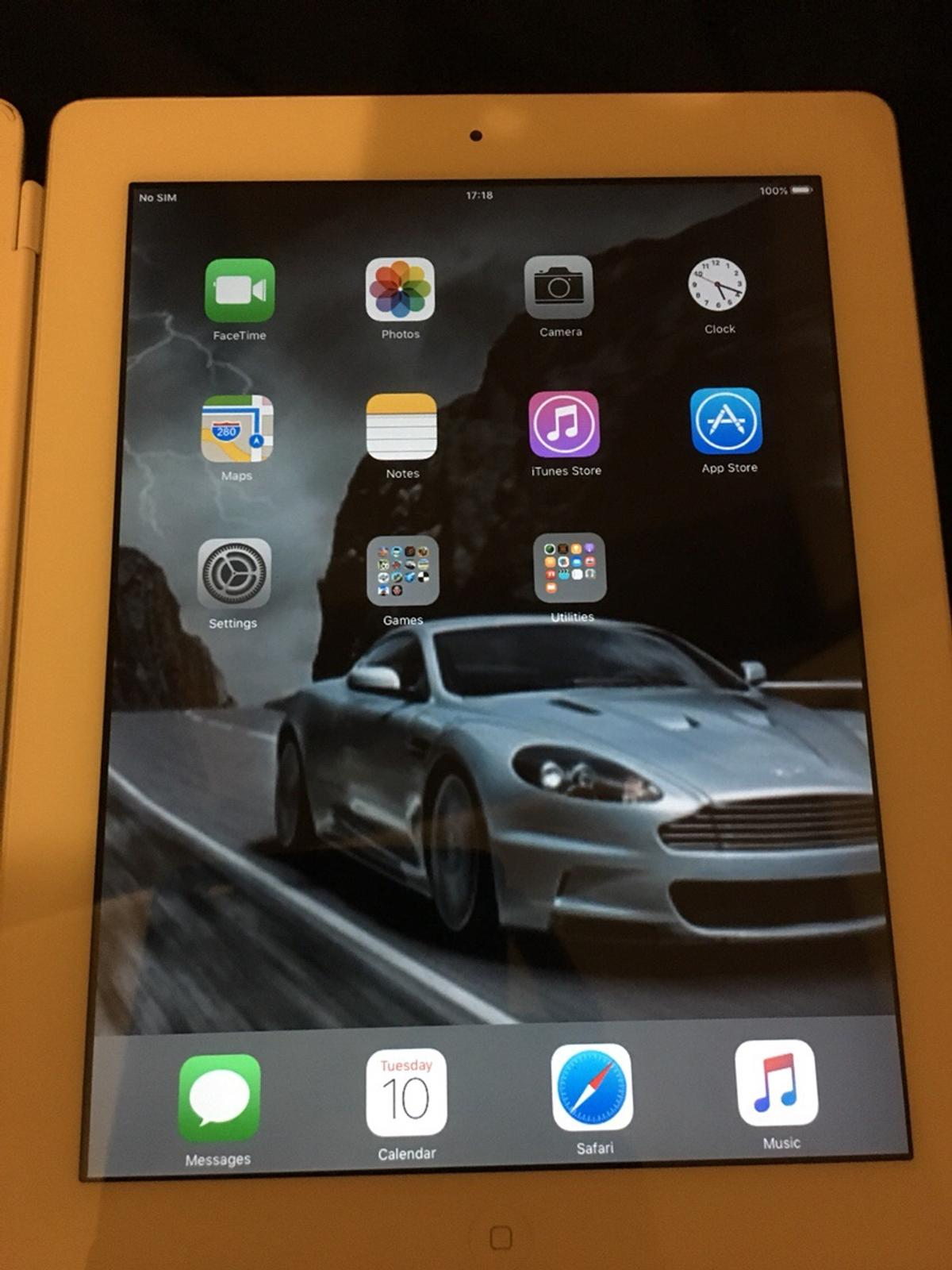 iPad 2 in HD4 Huddersfield for £120 00 for sale - Shpock