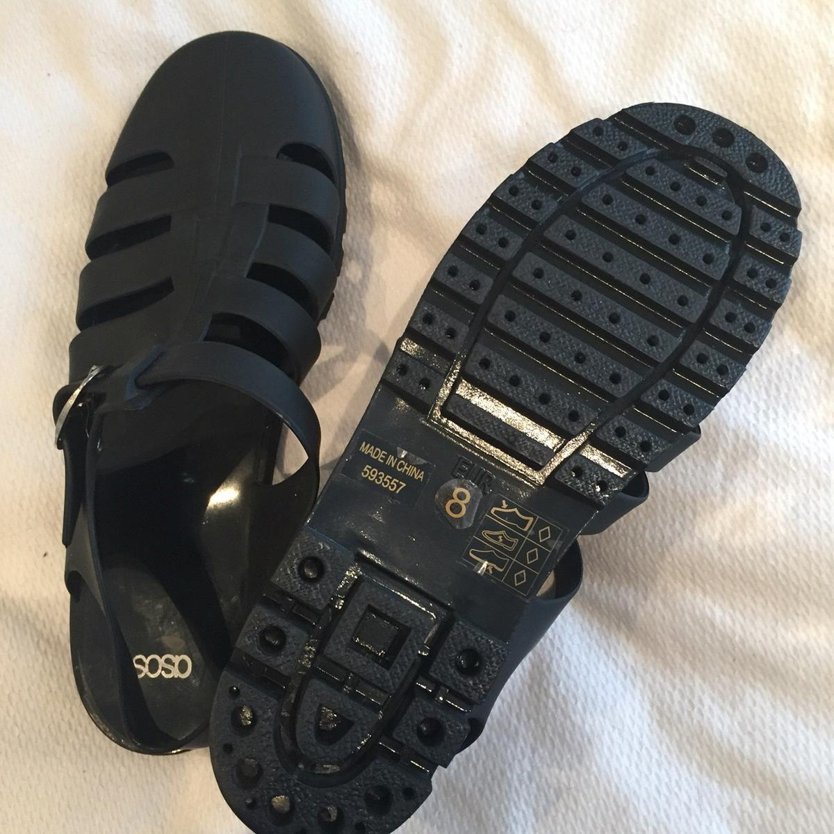 b6e7673287a ASOS matte black jelly sandals size 8 in TS17 Thornaby for £6.00 for sale -  Shpock