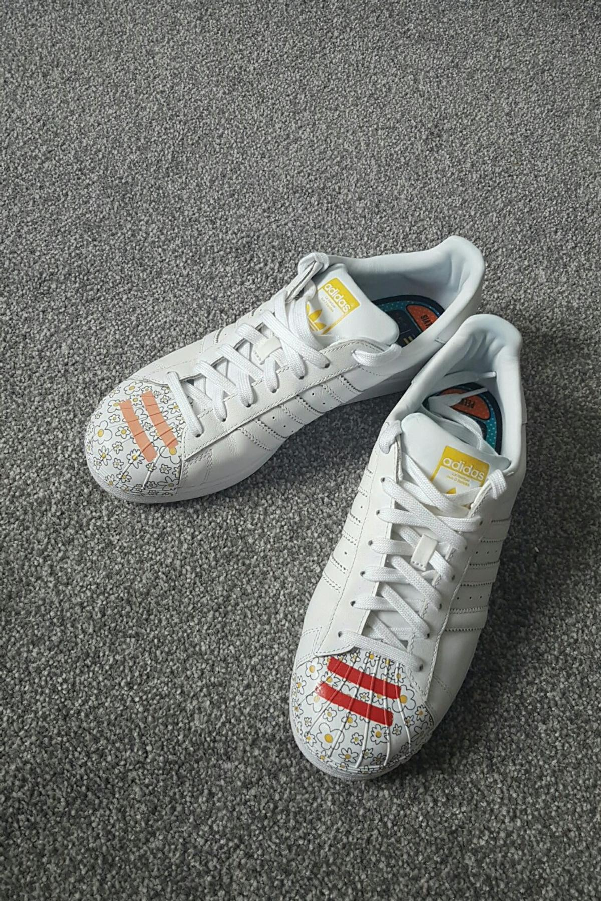 best cheap b65b5 98b3e Adidas superstars limited edition