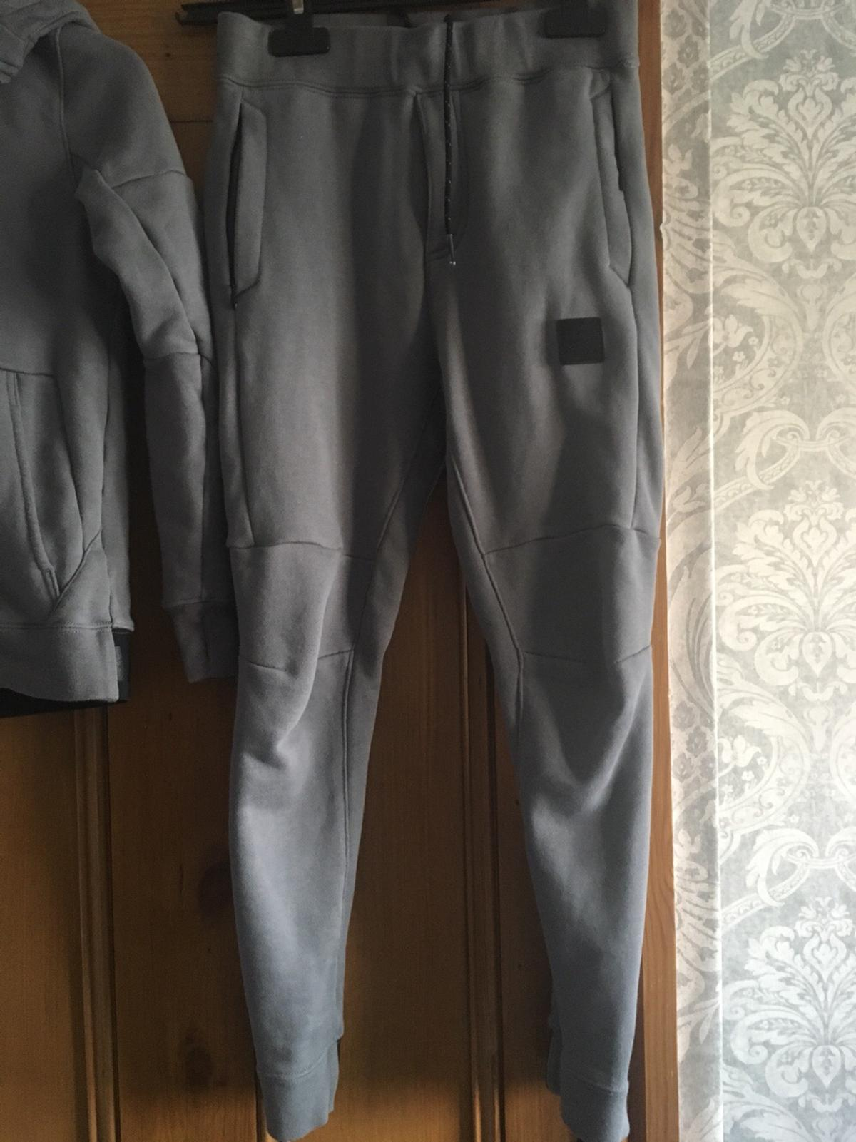 BOYS GREY NIKE Air Max Tracksuit Aged 8 10 Years