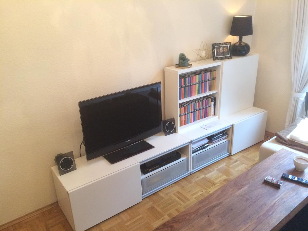 Tv Bucherregal Kombination Ikea Besta In 60385 Frankfurt Am Main For 80 00 For Sale Shpock