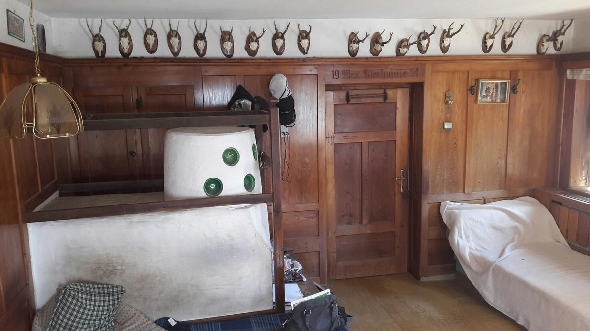 Vertäfelung Stube In 6173 Oberperfuss For 100 For Sale Shpock