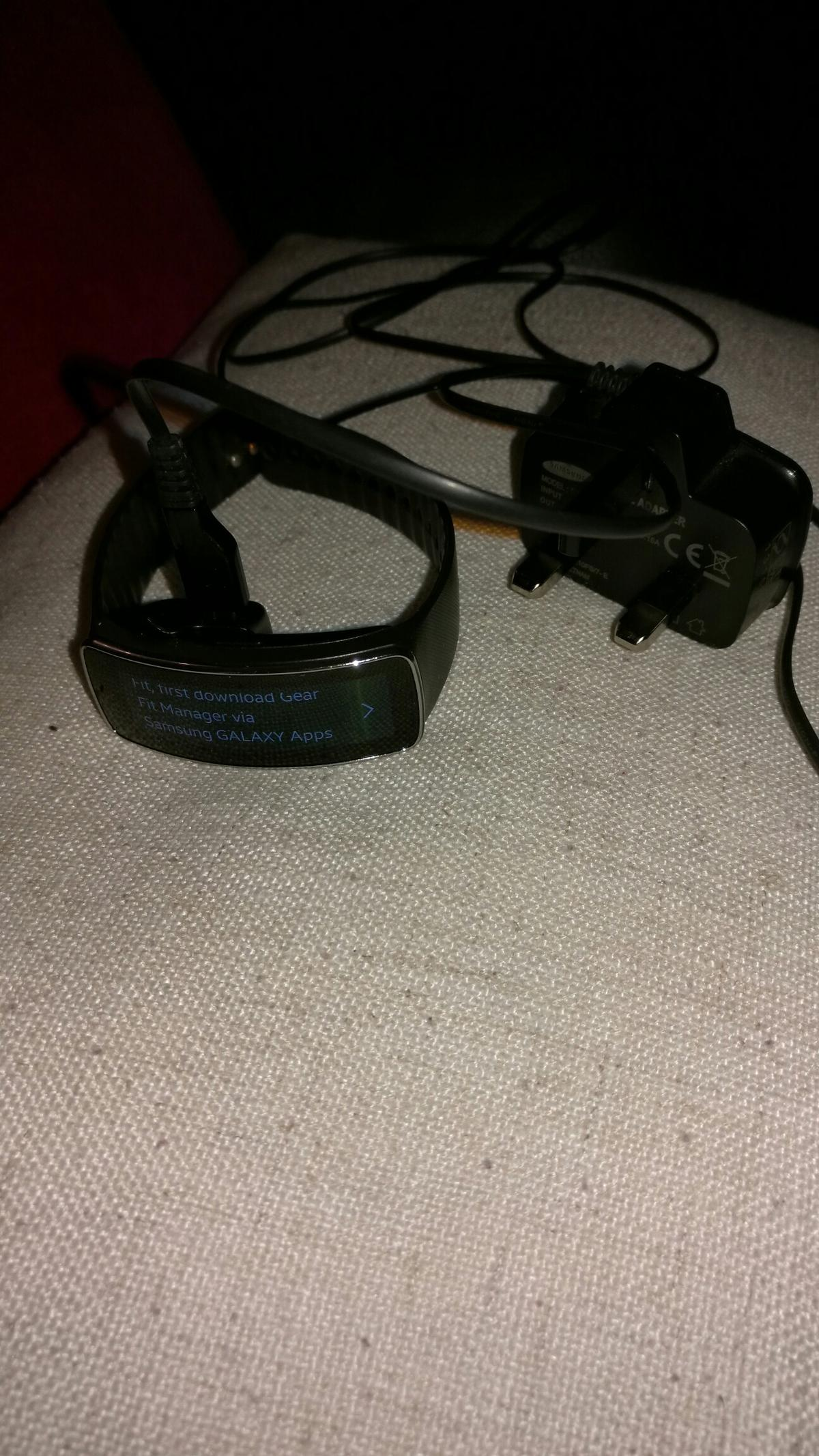 Samsung gear fit in BD1 Bradford for £50 00 for sale - Shpock