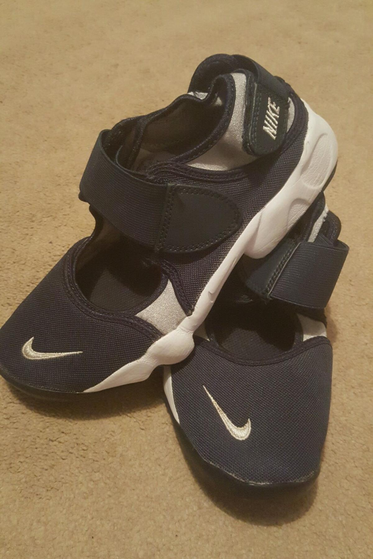 18d69d56e0aa Boys Nike Sandal trainers size 3.5 in NP19 Newport for £13.50 for ...