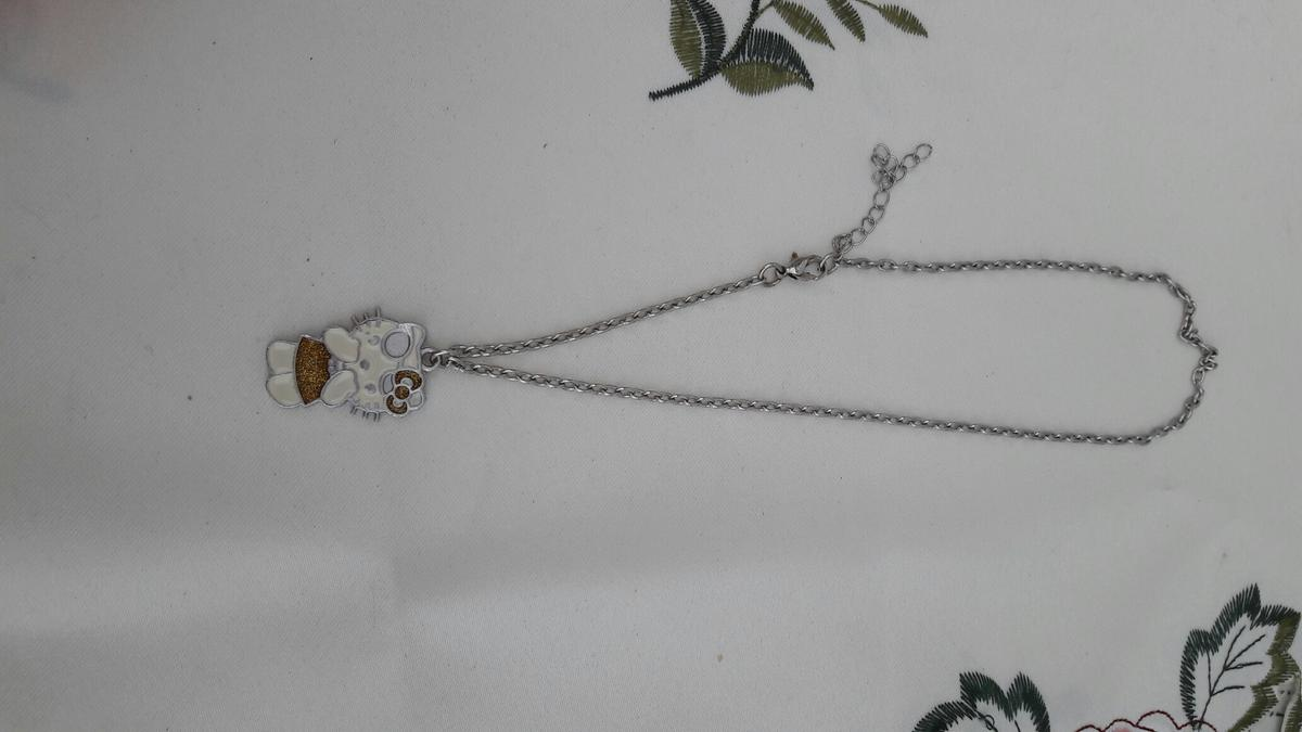a5d3be942 Hello Kitty necklace in DE24 Derby for £1.50 for sale - Shpock