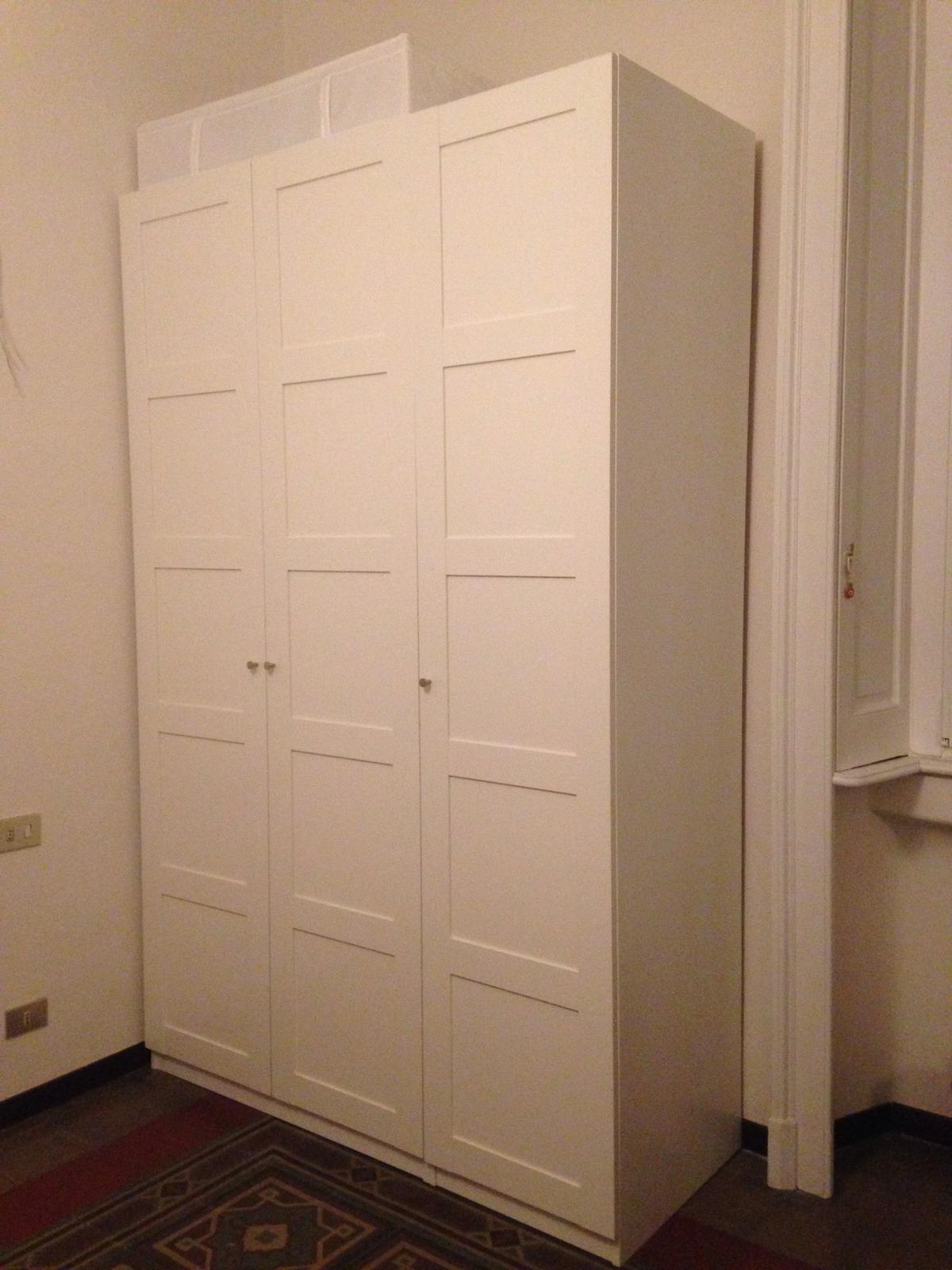 Armadio 5 Ante Ikea.Armadio Pax Bergsbo Ikea 3 Ante Bianco In 20133 Milano For 250 00 For Sale Shpock