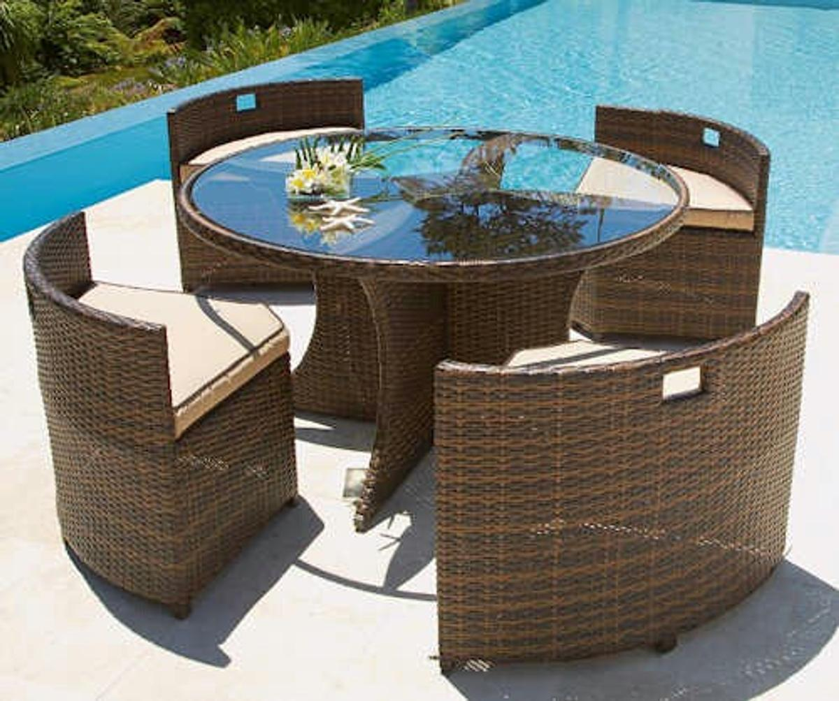 Como Round Rattan Set Table Four Chairs In L33 Liverpool For 170 00 For Sale Shpock