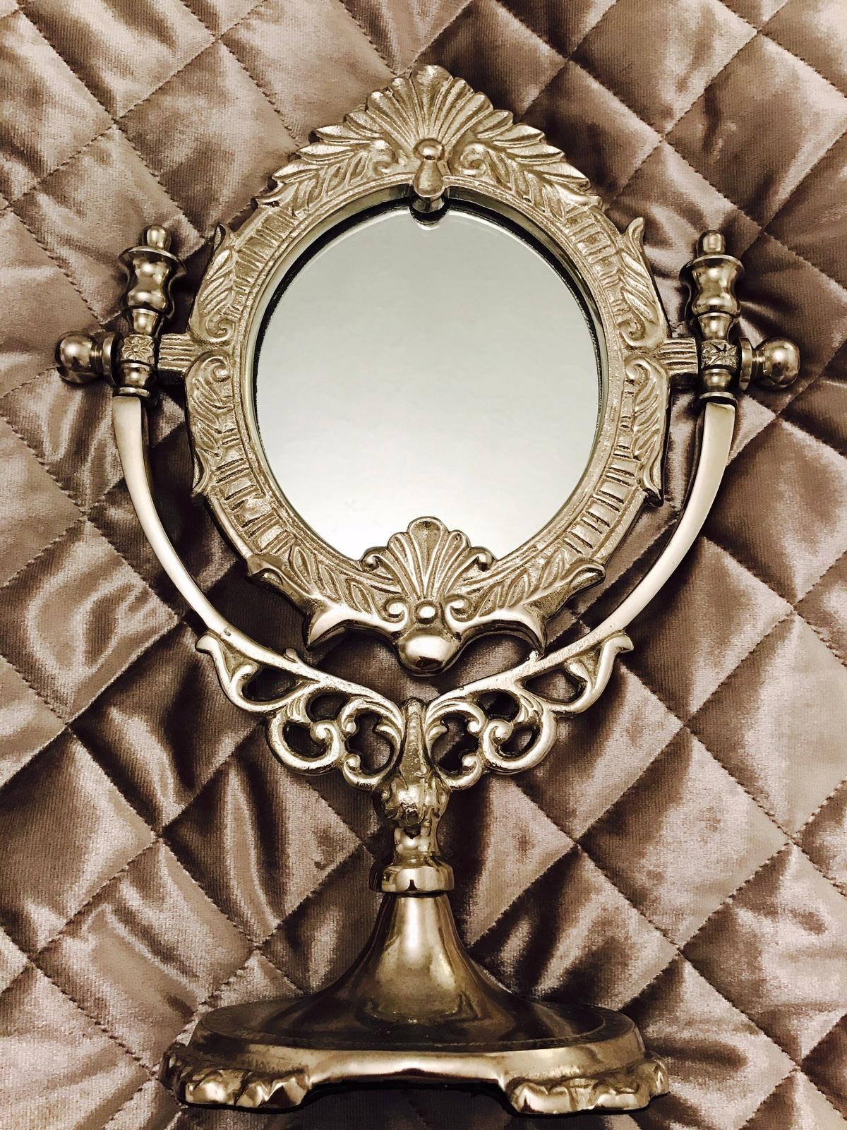 Silver Mirror In Cm14 Warley For 2000 For Sale Shpock