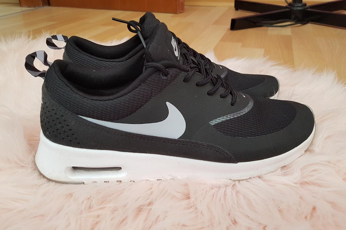 Nike Wmns Air Max Thea LX Size 38 UK 4,5 881203 002 Sneaker