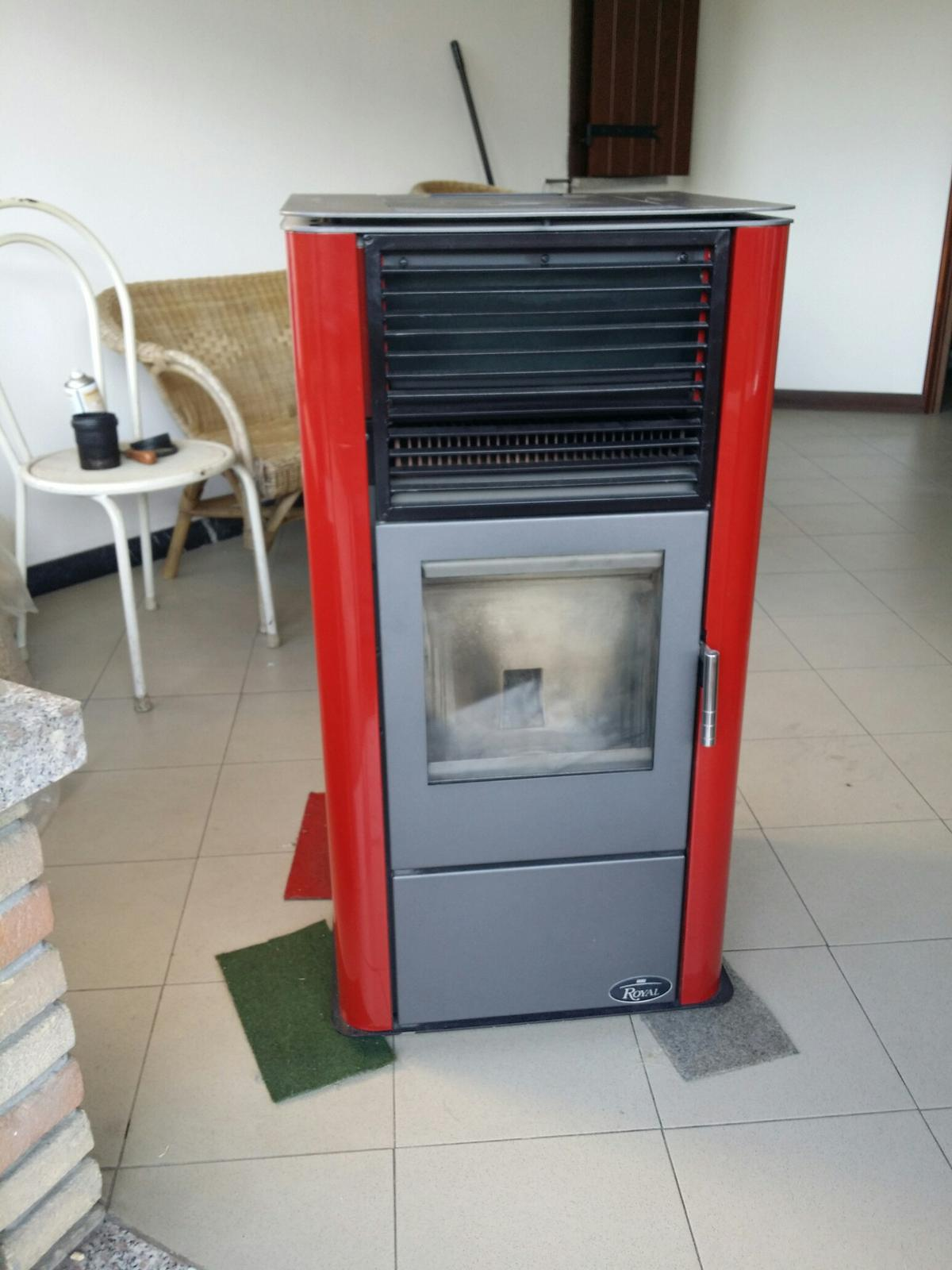 Stufa pellet palazzetti royal klima 9kw in 27022 Casorate Primo for ...