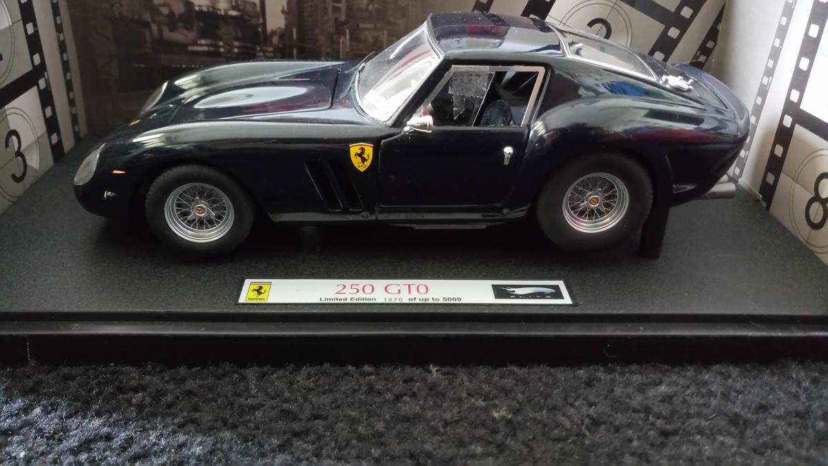 Ferrari 250 Gto Hot Wheels Elite Vanilla Sky In 34125 Kassel For 139 00 For Sale Shpock