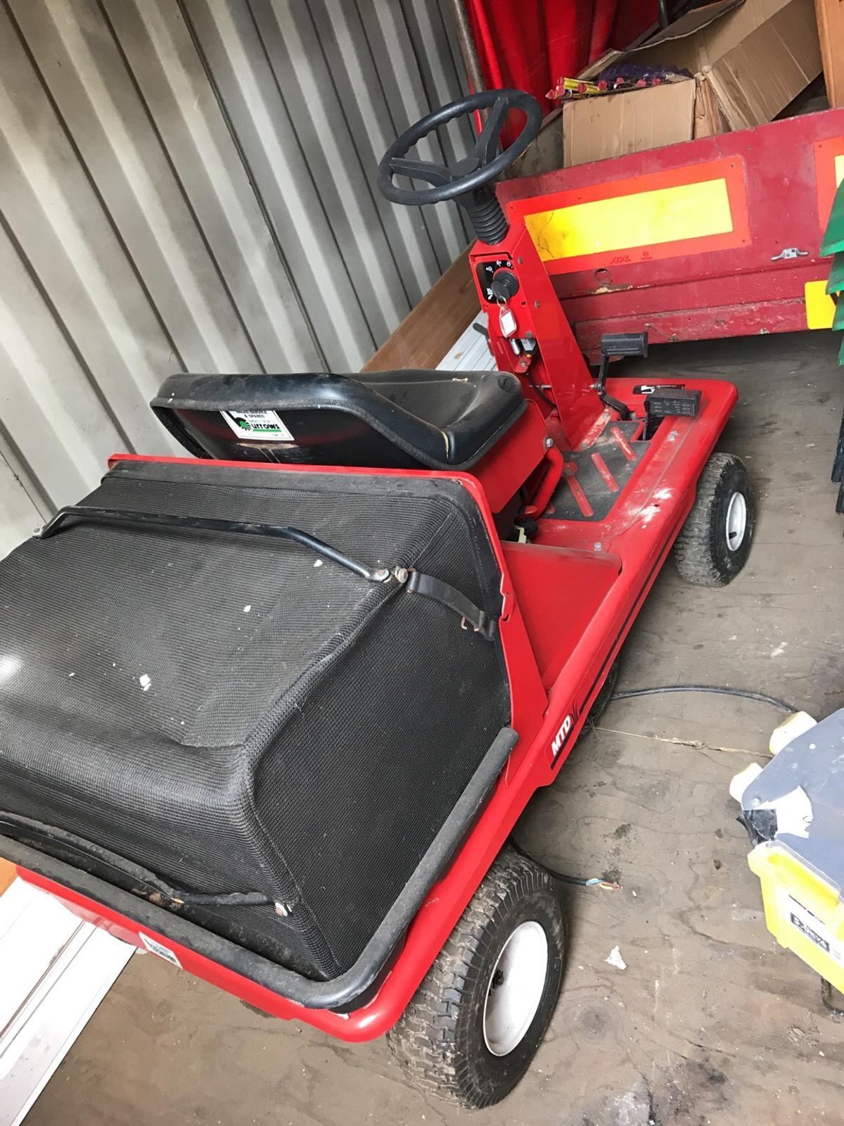 MTD PINTO RIDE ON LAWN MOWER in B69 Tividale for £500 00 for