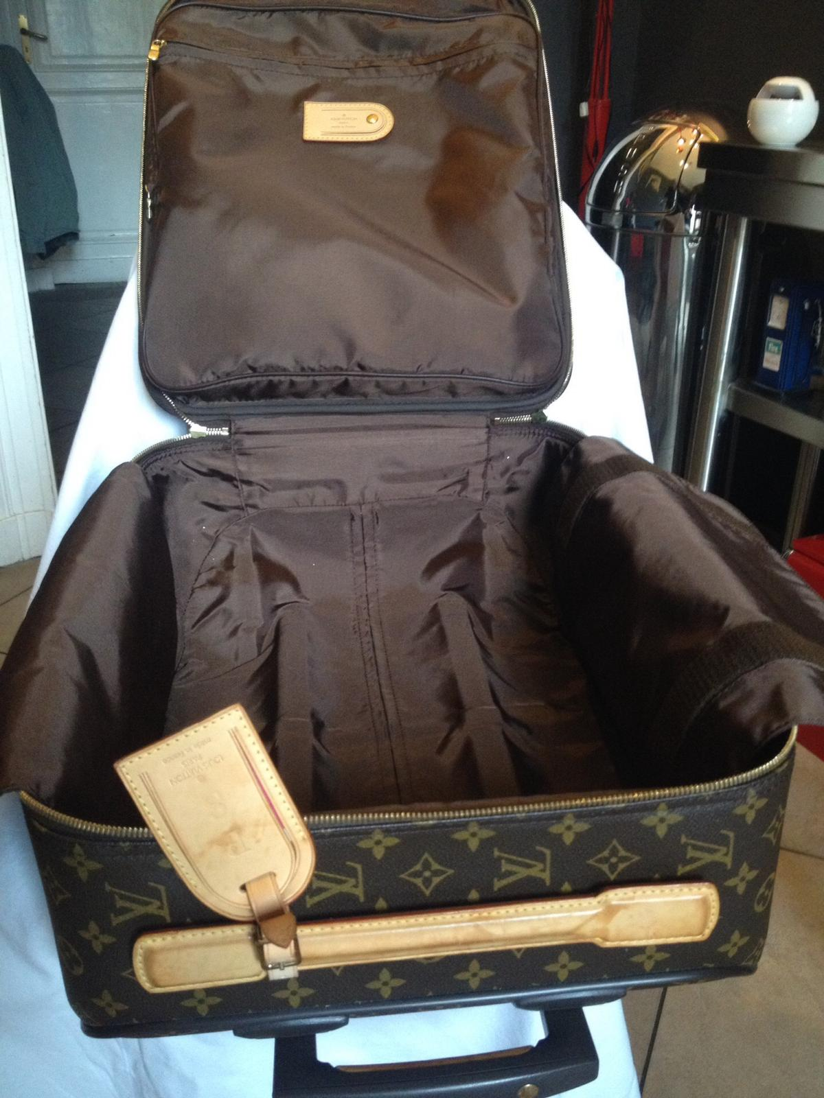 d52addb751 Trolley louis vuitton in 10132 Torino for €1,000.00 for sale - Shpock
