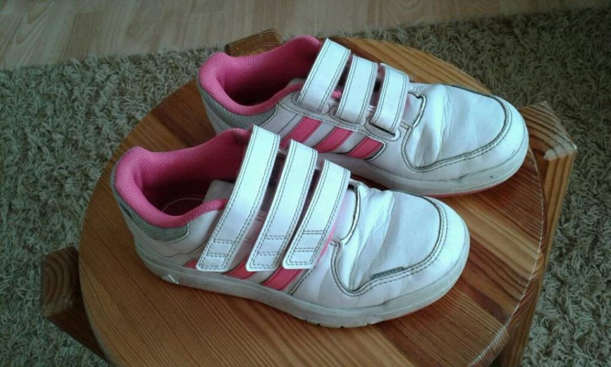 Adidas Turnschuhe, Sneakers in Größe 33