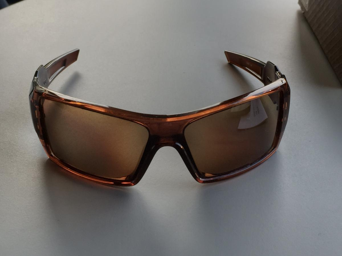 84652dfb0124e Oakley Oil Rig Polarized Bronze in box in SW15 London for £52.00 for ...