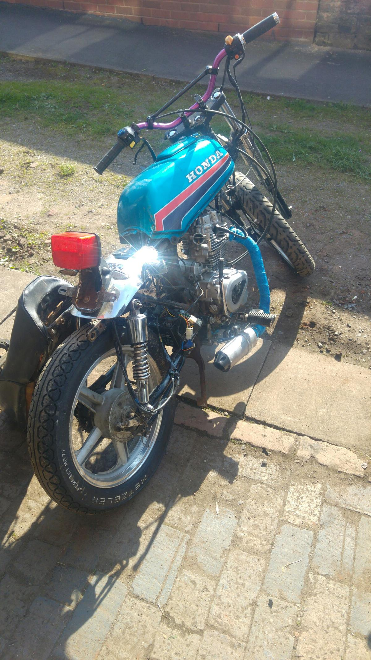 Honda CB100 Spares or possible project in DE12 Measham for