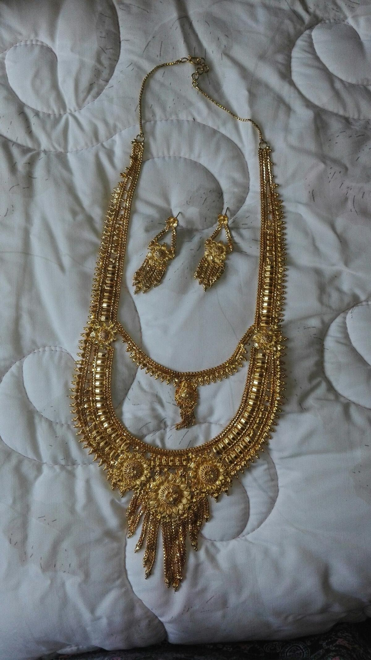 Indian Gold Plated Necklace Jewellery In Ls12 Leeds For 35 00 For Sale Shpock