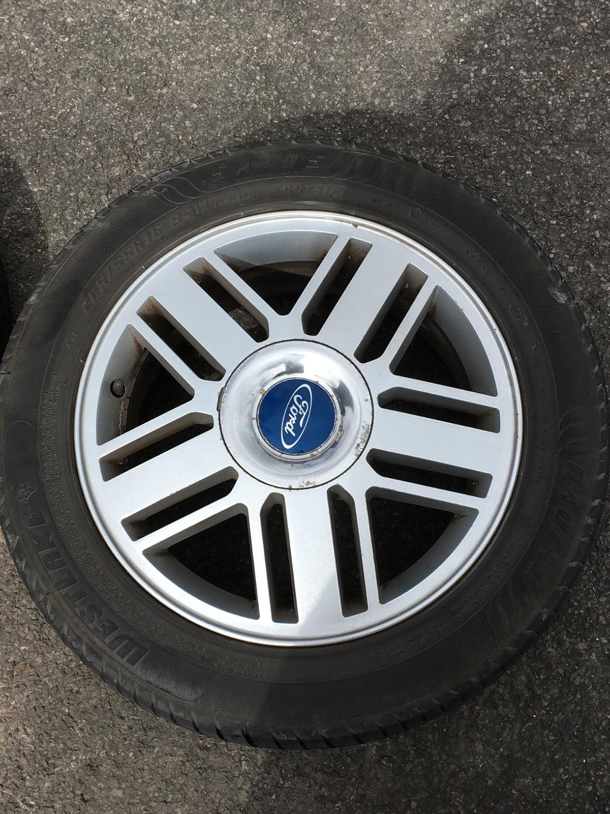 Ford Focus Wheels >> Ford Focus Ghia Alloy Wheels In Sp1 Salisbury For 120 00