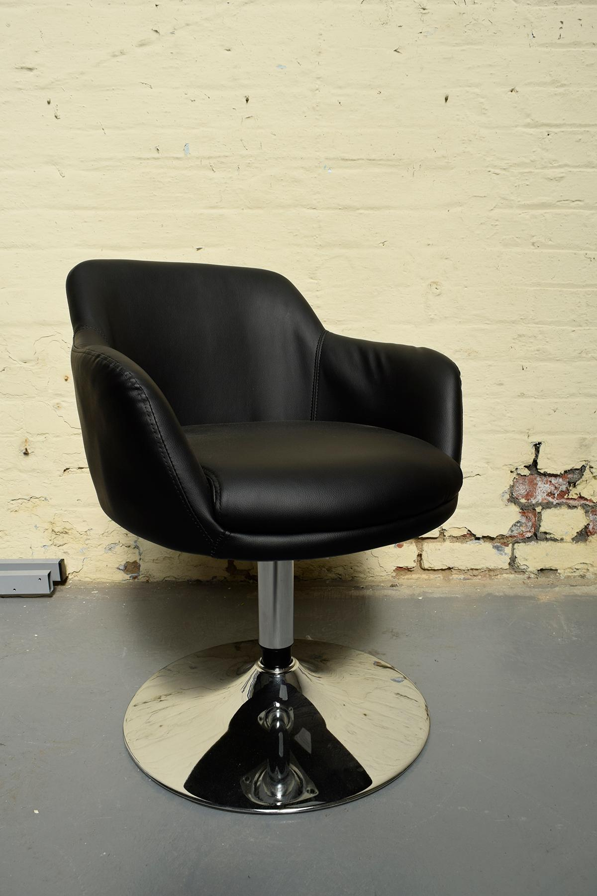 Picture of: Black Faux Leather Swivel Chair Bucket Seat In M12 Manchester For 60 00 For Sale Shpock