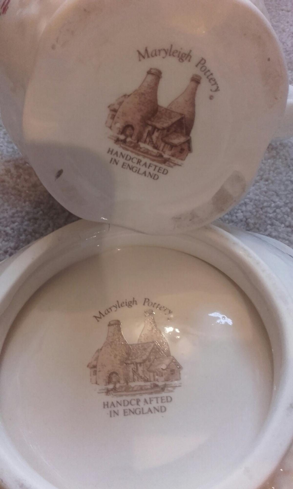 Washbowl & jug maryleigh pottery in WF15 Kirklees for £10 00 for