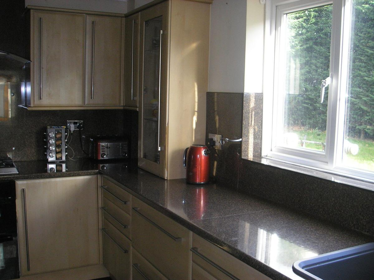 Complete Kitchen Cabinets Cupboards In Tq12