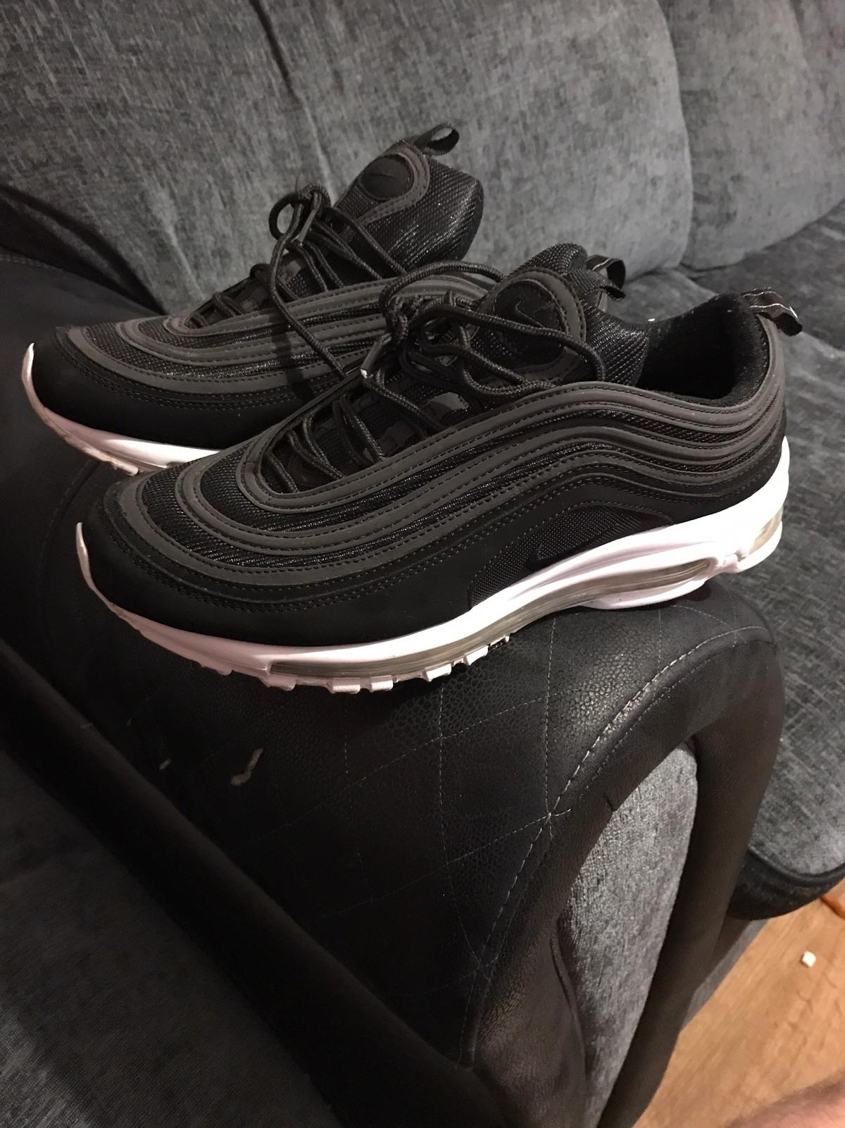 huge selection of e4655 5ba22 Nike Air Max 97 Size 9 Trainers