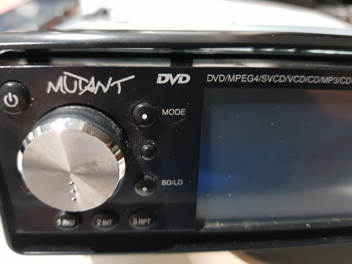 Mutant mt6201dvd cd radio car stereo in WS8 Brownhills for