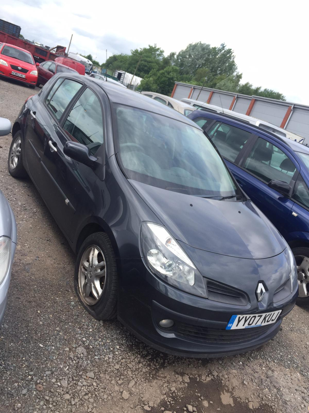 BRANDNEW RENAULT CLIO MK2 1.4 DRIVESHAFT NEAR//SIDE
