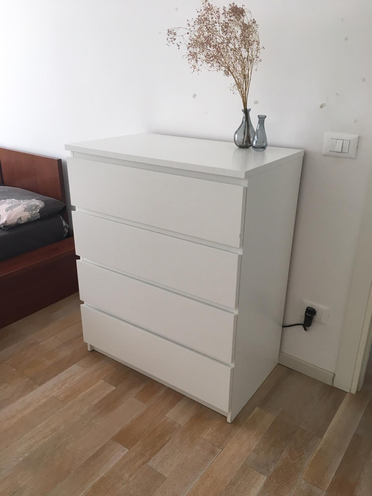 Malm Cassettiera 4 Cassetti.Cassettiera 4 Cassetti Ikea Bianco In 00199 Roma For 45 00 For