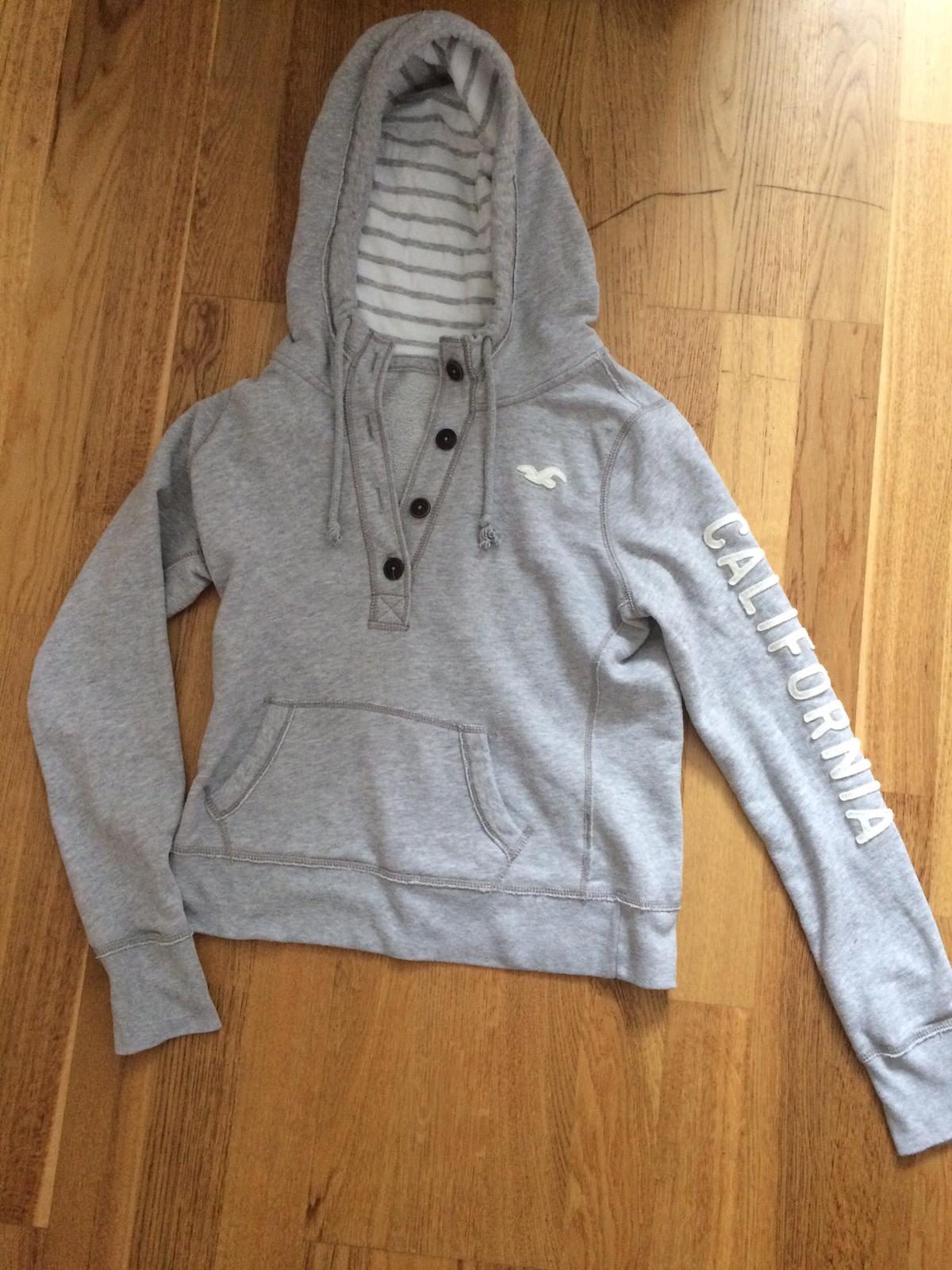 S 34 36 Hollister Pullover in grau