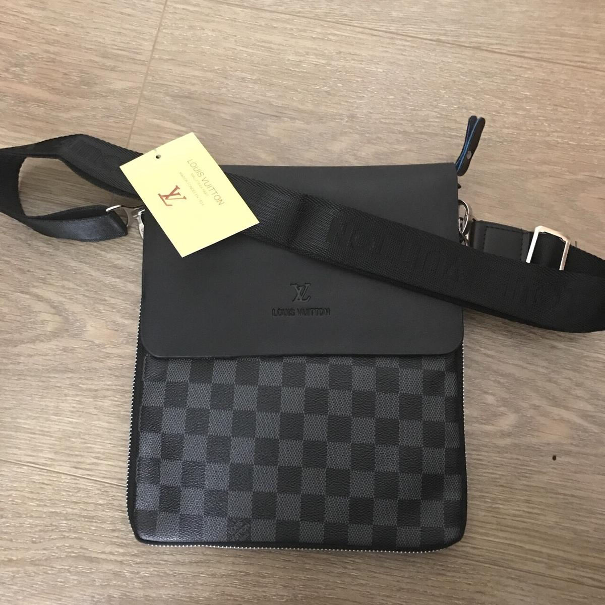 37f2d3a91fa Mens louis vuitton messenger bag in HP1 Hempstead for £50.00 for ...