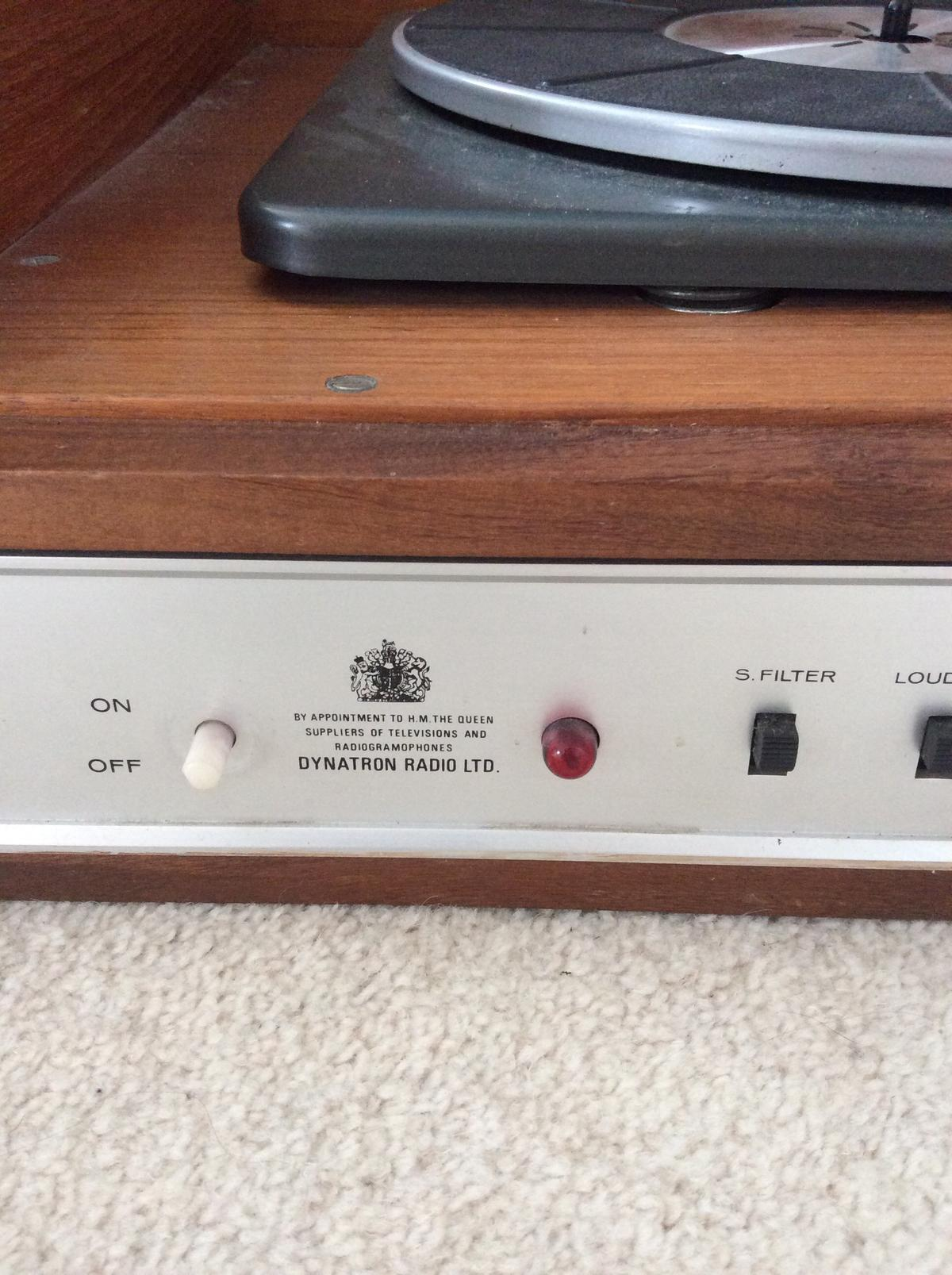 Dynatron Radio Vintage Vinyl Record Player in M20 Manchester for