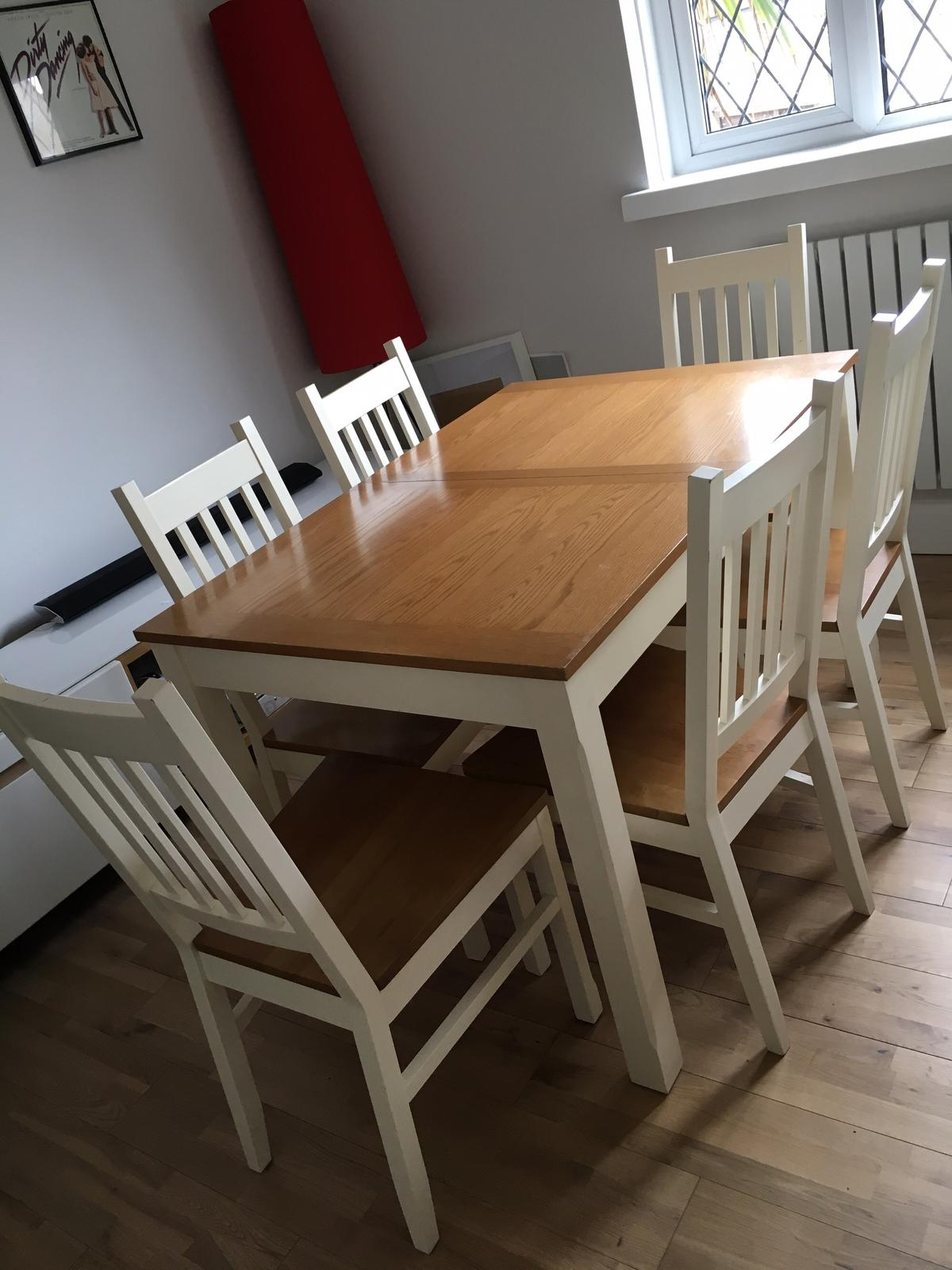 Homebase Extendable Dining Table And 6 Chairs In Sm1 Sutton For 150 00 For Sale Shpock