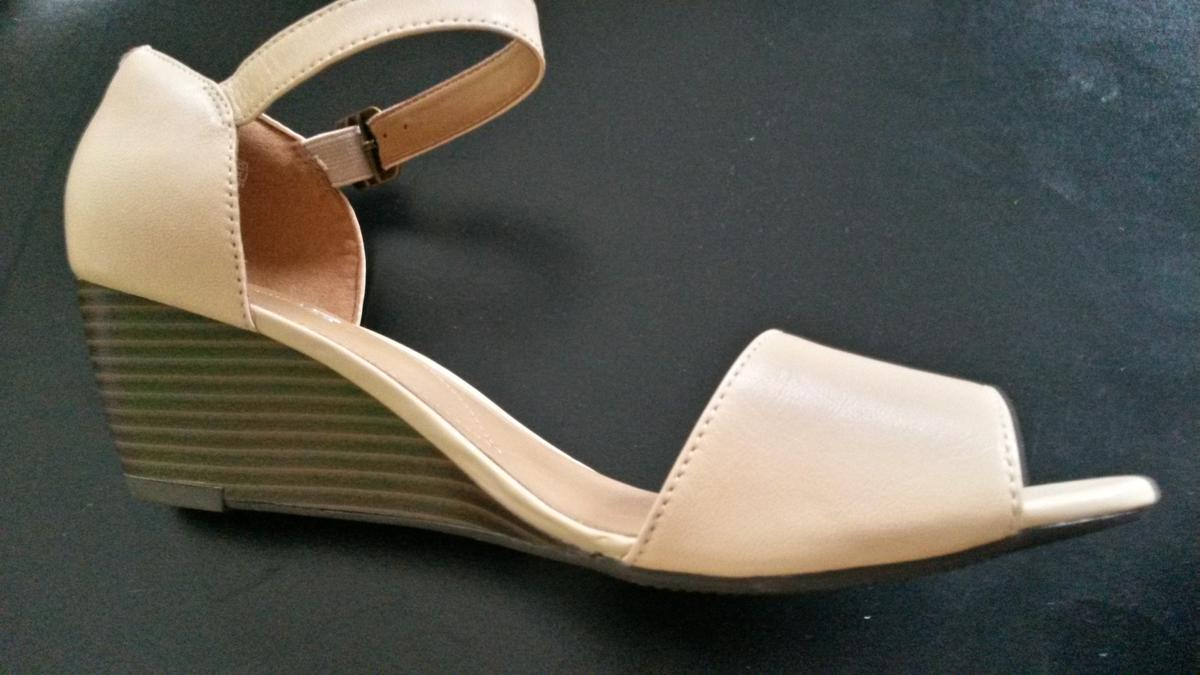 Details about NEW CLARKS BRIELLE DRIVE WOMENS NUDE LEATHER WEDGE SANDALS