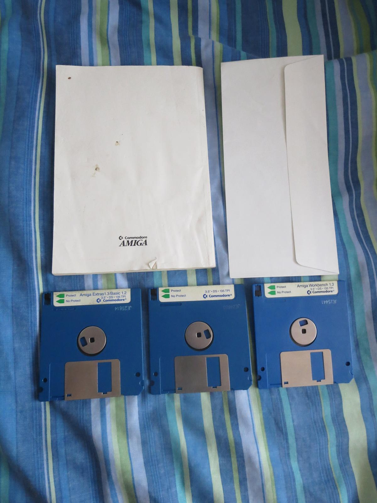 Amiga 1 3 Workbench & Extras/Basic 1 3 DISKS in E12 London for