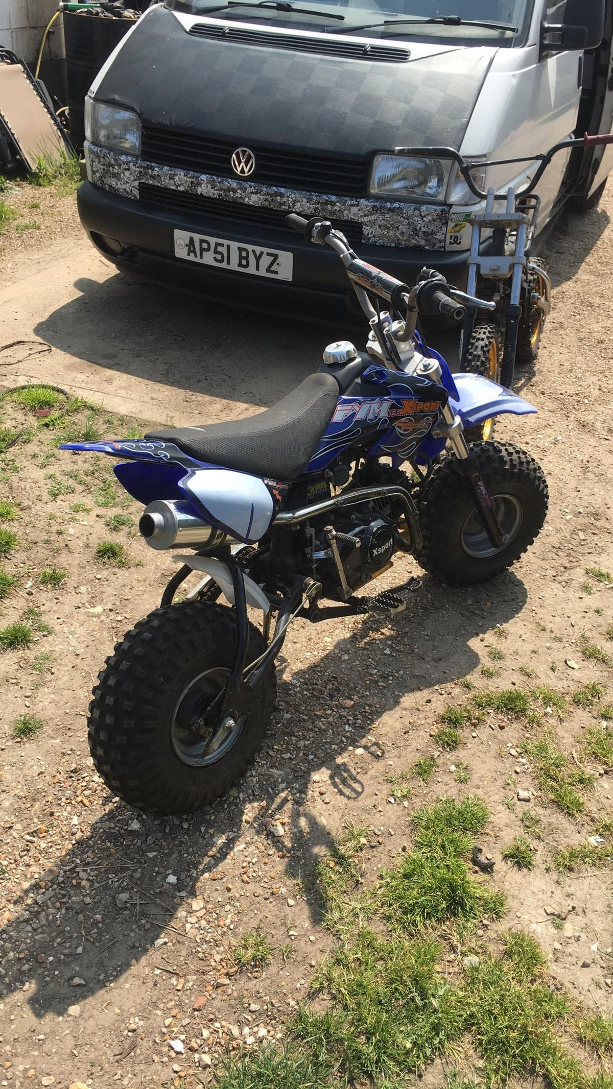 Pit bike 125 swaps in PO20 Westergate for £1 00 for sale