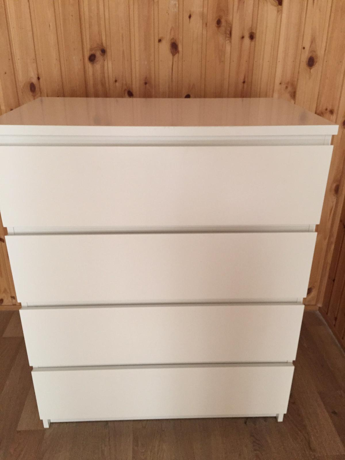 Top Kommode. IKEA Malm. 4 Skuffer Hvit 80x100 in 0165 Oslo for NOK EJ86
