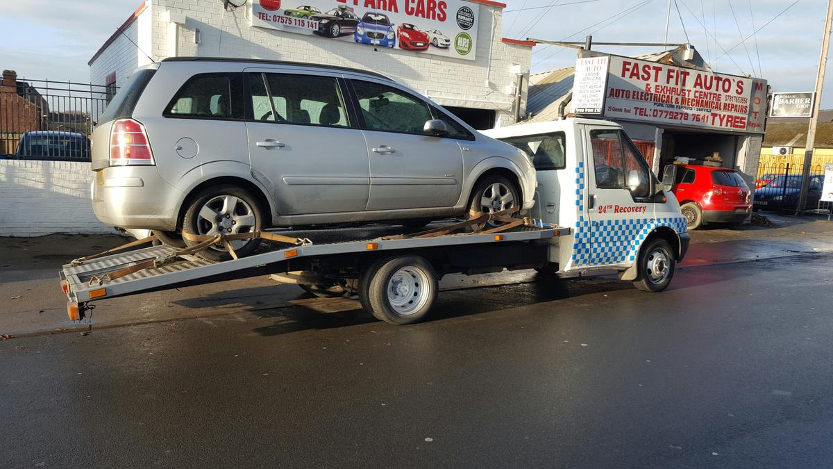 RECOVERY TRUCK FORD TRANSIT 2 4 in LS12 Leeds für 3 995,00