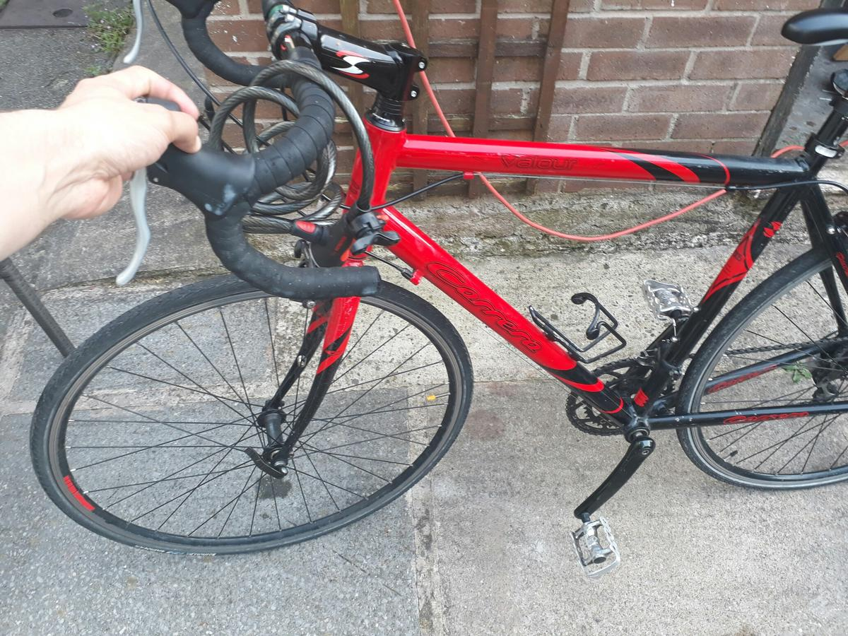 f1601abaed0 Road Bike - carrera valour (Large frame) in CH2 Chester for £130.00 ...