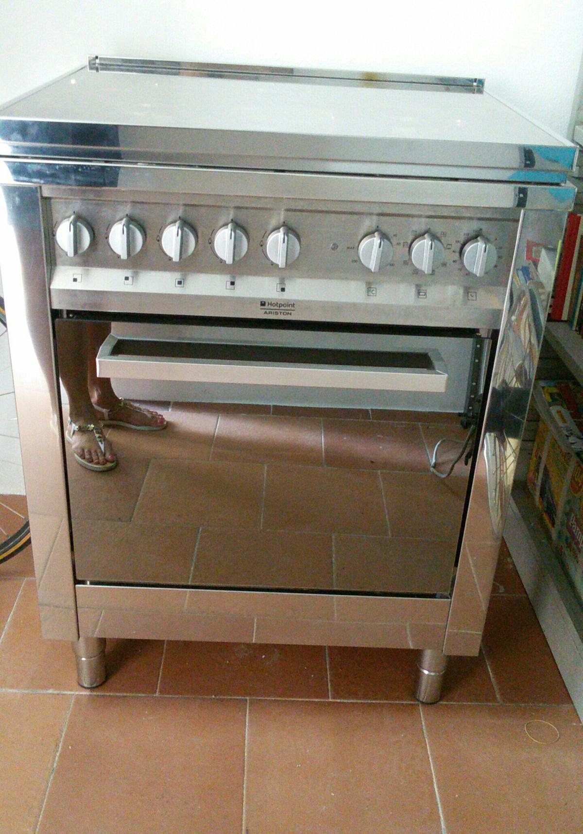 Cucina a Gas Hotpoint Ariston in 58022 Follonica für € 150 ...