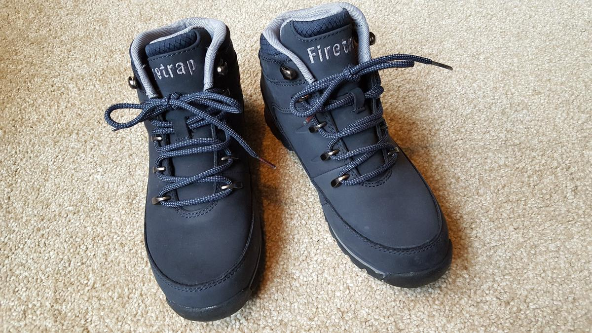 16d5f36cb89 Firetrap, Rhino boot, Navy/Grey size 4 in TW2 Thames for £25.00 for ...
