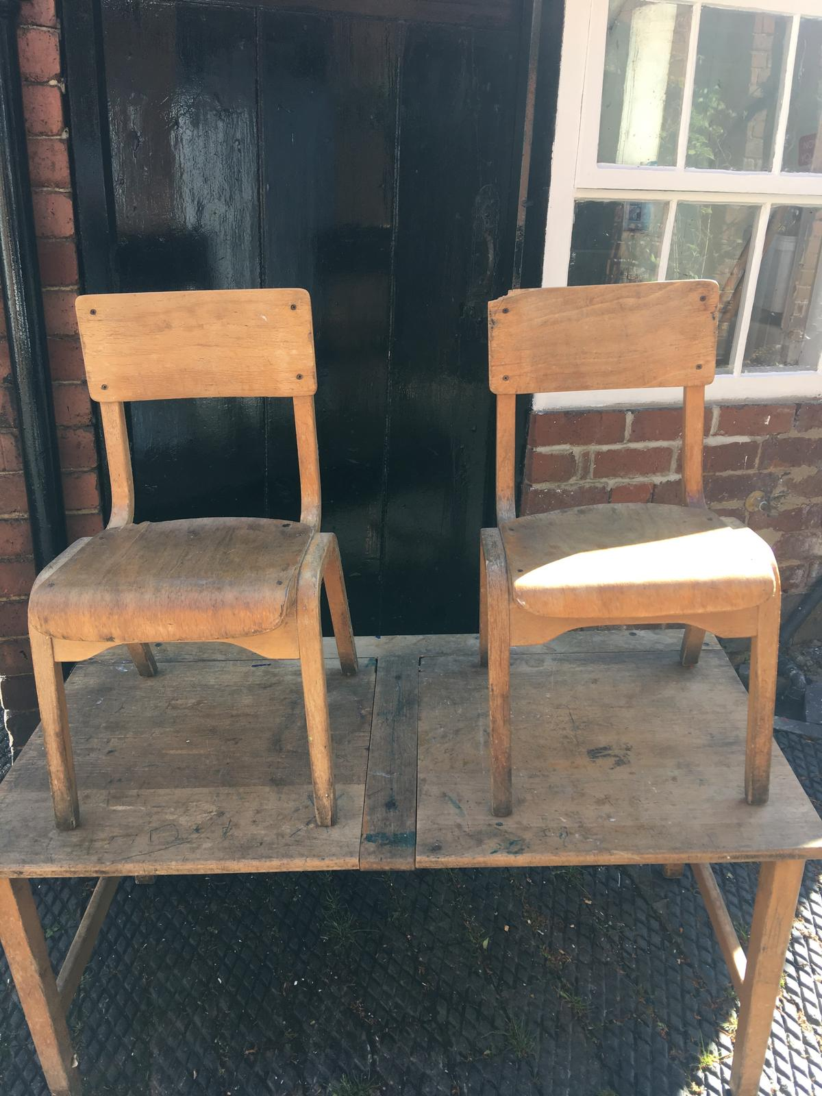 Authentic Old School Desk And Chairs In South Derbyshire Fur 80