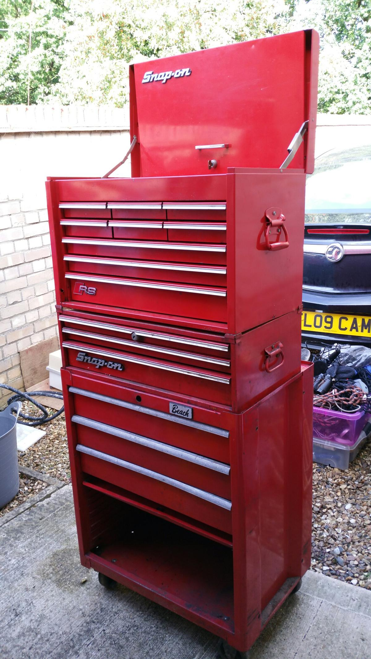 2 Snap On Tool Boxes And Beach Roller Cabine In Cb6 Wilburton Fur