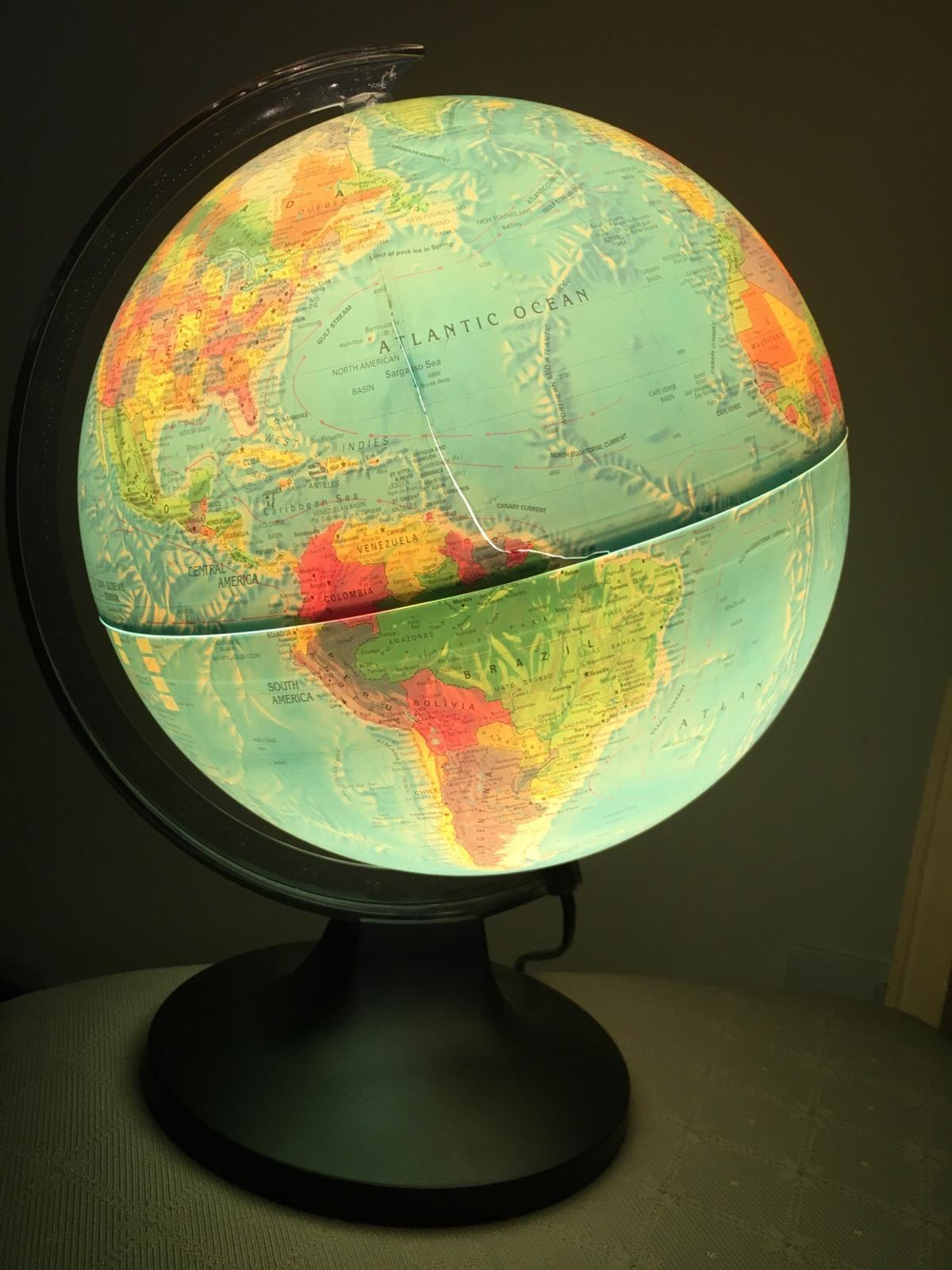 World Globe Lamp With Bulb In Sw7
